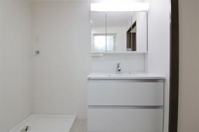 【独立洗面台】サニークレスト平野ウィングス A棟