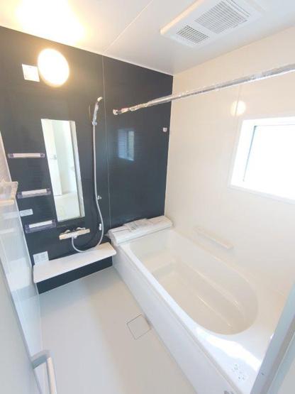 浴室《 同社施工例 》現地見学や詳細は 株式会社レオホーム へお気軽にご連絡下さい。