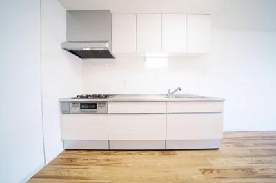 システムキッチン新規交換済みです。