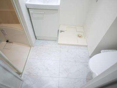 防水パン付き室内洗濯機置場です。