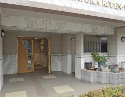 セザール第六赤塚公園のエントランスです。