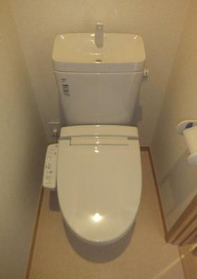 うれしい温水洗浄便器完備(同一仕様)