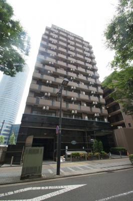 新横浜駅徒歩2分のマンションです。