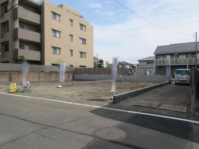 【前面道路含む現地写真】福生市志茂 新築戸建全2棟