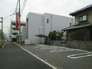 愛媛銀行まで1000m