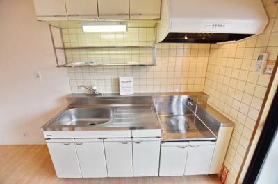 【キッチン】クレスト・マンション