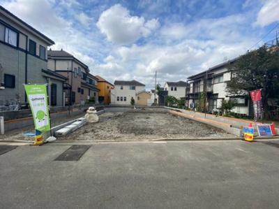 【前面道路含む現地写真】八潮市鶴ケ曽根新築戸建て【全3棟】