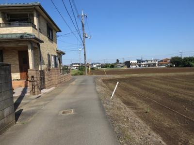 【前面道路含む現地写真】坂戸市石井売地