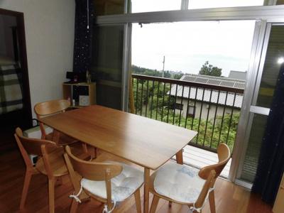 2階南側洋室6帖 琵琶湖眺望可