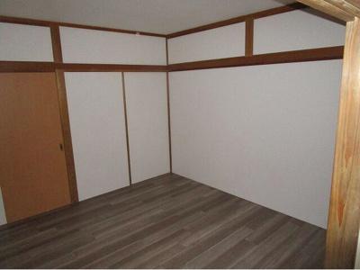 【寝室】プラーズ松が谷