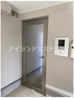 【エントランス】AKレジデンス三軒茶屋 敷金0 バストイレ別 独立洗面台 ロフト