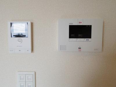 カラーモニター付インターホン(録画機能付)・ SECOMホームセキュリティ標準搭載