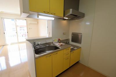 対面キッチン(浄水器一体型水栓)