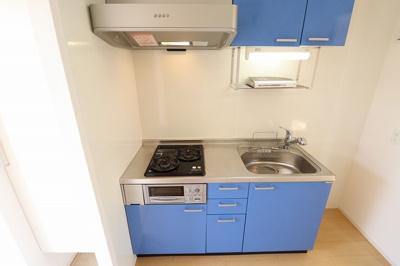 システムキッチン(2口ガスコンロ付き)