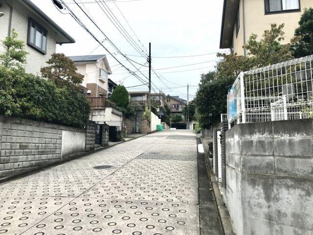 【前面道路含む現地写真】青葉区大場町中古戸建