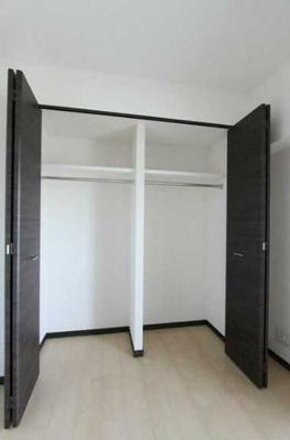 【居間・リビング】GENOVIA三軒茶屋green veil ペット相談 築浅 浴室乾燥機 オートロック