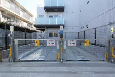 【駐車場】GENOVIA三軒茶屋green veil ペット相談 築浅 浴室乾燥機 オートロック