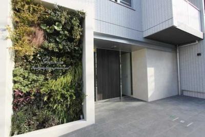 【エントランス】GENOVIA三軒茶屋green veil ペット相談 築浅 浴室乾燥機 オートロック
