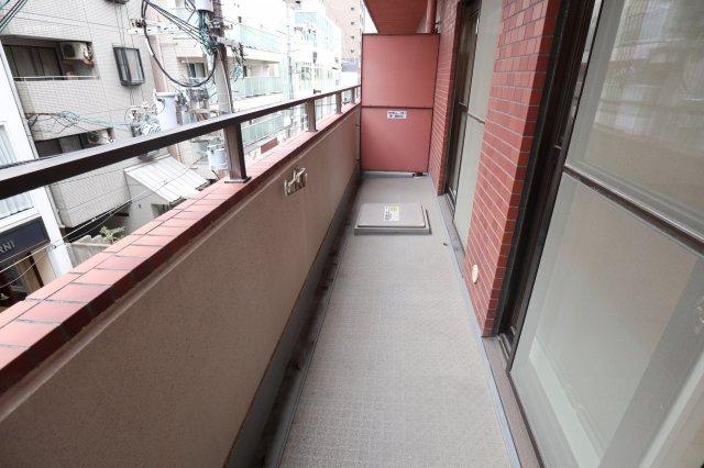 【バルコニー】ロータリーライフ四ツ橋
