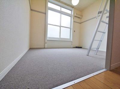 1Fフローリング2F絨毯 設備・仕様が異なる場合がございます