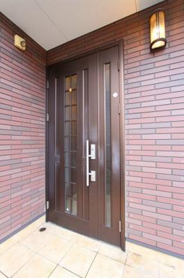 おしゃれな玄関です 三郷新築ナビで検索