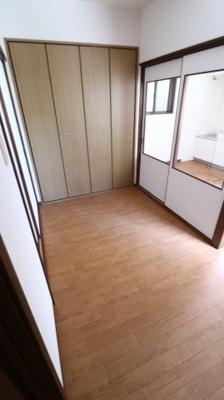 【居間・リビング】須磨本町貸家