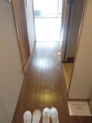 【玄関】パインリーフ天理