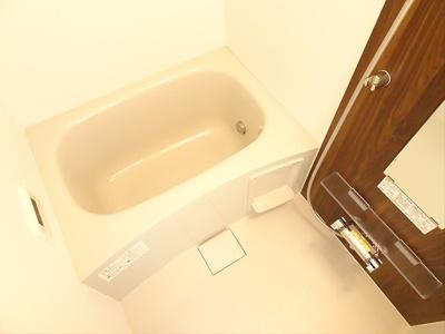 【浴室】ヴィラ ラードゥガ