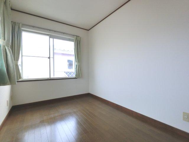【寝室】シャクナゲ邸