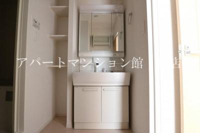 【独立洗面台】ロックガーデン森E