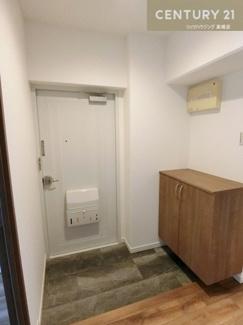 下駄箱も新調されています。 玄関をすっきり保てそうですよね。