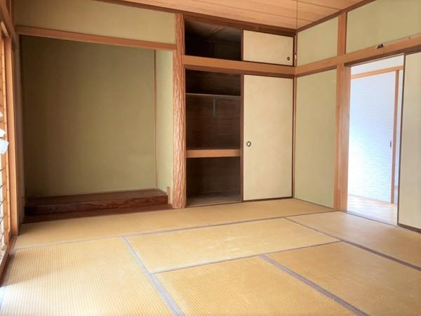 2階和室10帖