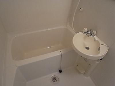 【浴室】カーサ・ピナール灘