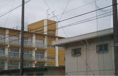 今治市立立花中学校まで900m