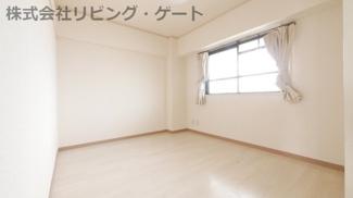 4.5帖洋室。色々な用途に使えるお部屋です。