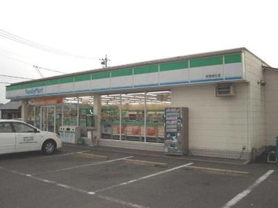 ファミリーマート鈴鹿稲生店まで191m
