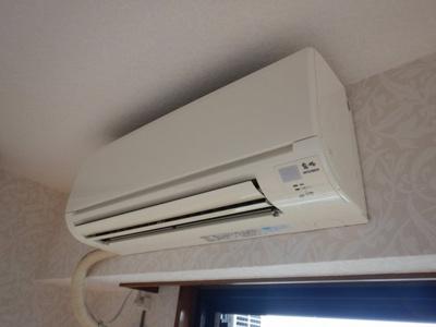 町田市立中央図書館まで205m