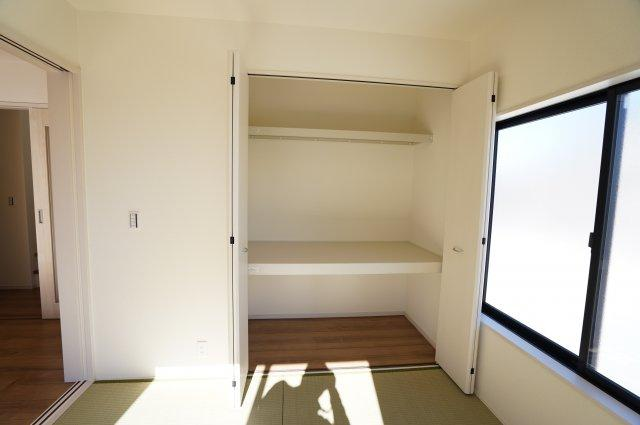 【同仕様施工例】和室押入です。開口部が広いのでムダなく利用できます。