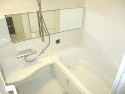 【浴室】ファミールハイツ明石弐番館