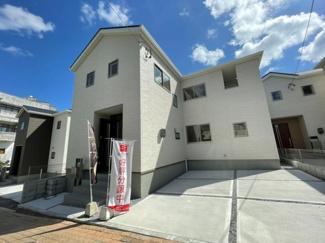 【前面道路含む現地写真】沖縄市中央(全6棟)