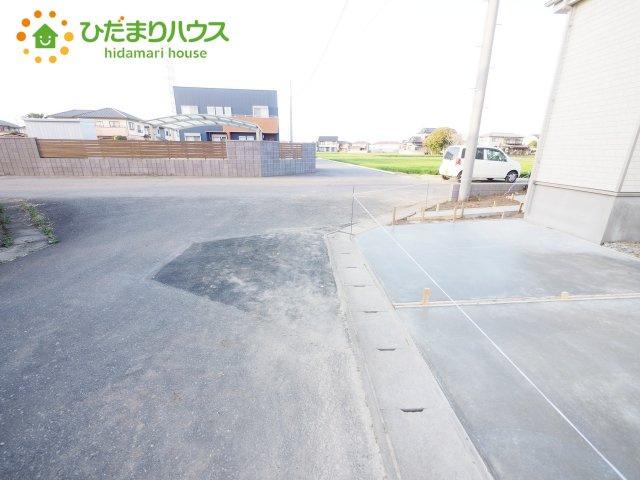 【前面道路含む現地写真】下妻市加養Ⅰ 新築戸建 1号棟