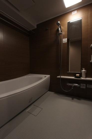 1帖以上あるゆったりとした浴室。洗い場も広く、毎日のバスタイムが癒しの時間になりそうですね。