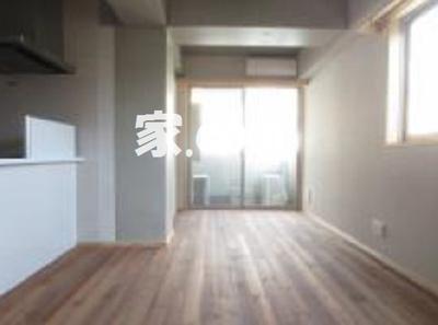 【居間・リビング】ウェーブツツミ