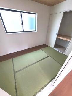 落ち着きのある和室は癒しの空間です
