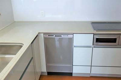 L字型の機能的なキッチン♪ 安心のIHコンロ・食洗機♪