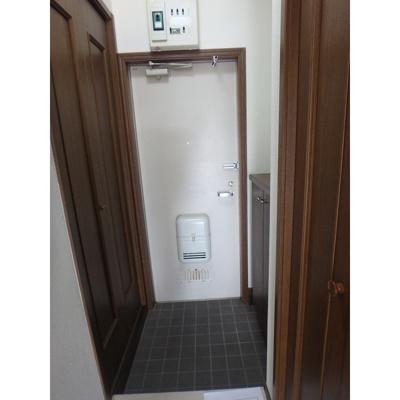【玄関】フロンティアⅢ D棟