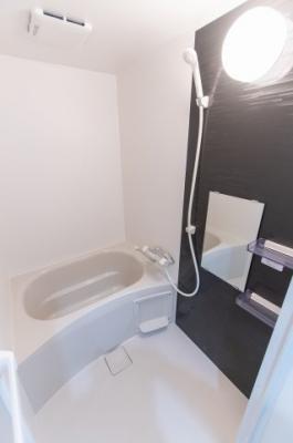 【浴室】ベロニカ