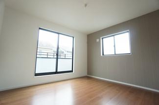 洋室は全部屋2面採光です