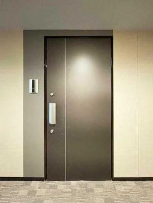 【玄関】シェノン三軒茶屋 新築 ウォークインクローゼット 浴室乾燥機 オートロック