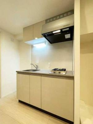 【キッチン】シェノン三軒茶屋 新築 ウォークインクローゼット 浴室乾燥機 オートロック